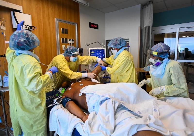 Canadá com hospitalizações e internações em UTI aumento entre os jovens na 3ª onda Covid-19