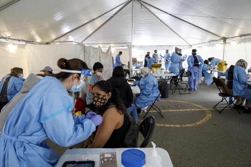 Canadá recebendo 4,5 milhões de doses da vacina Covid-19 nesta semana