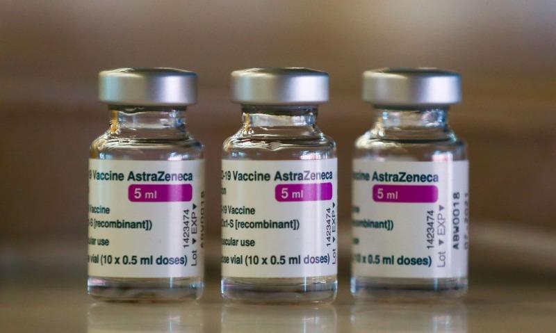 Ontário retoma vacinação com AstraZeneca para segunda dose