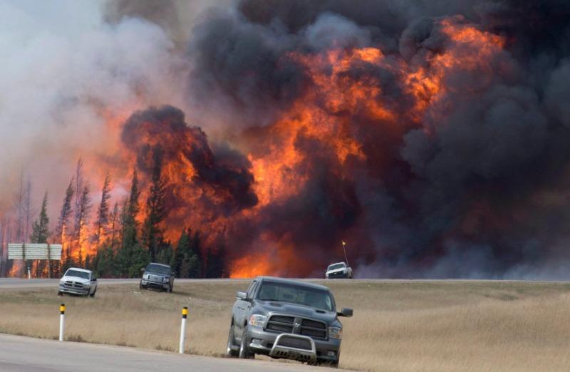Oeste do Canadá com risco de incêndio florestal por causa da primavera seca