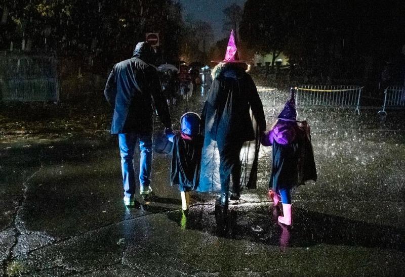 Canadenses ainda relutam em distribuir doces de Halloween