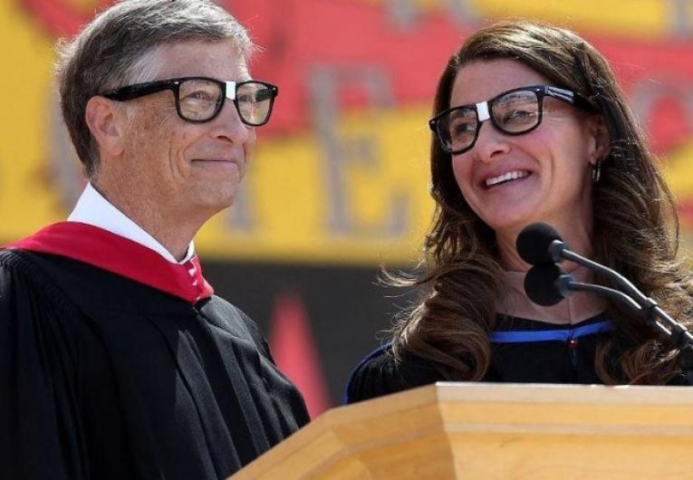 Após 27 anos casados, Bill e Melinda Gates anunciam divórcio