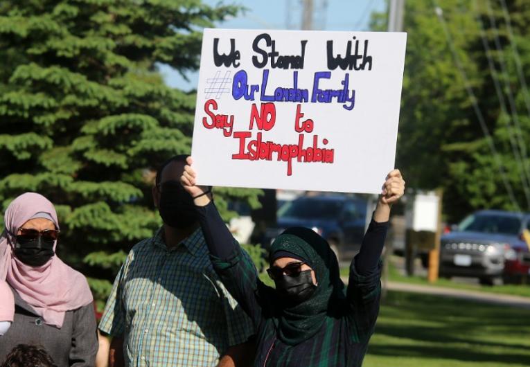 Acusado de homicídio contra uma família muçulmana vai voltar ao tribunal na próxima semana