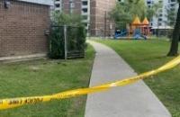 Tiroteio perto do playground de North York deixa um menino de 12 anos gravemente ferido
