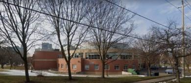 Uma escola de Toronto foi evacuada após uma denúncia de ameaça de bomba