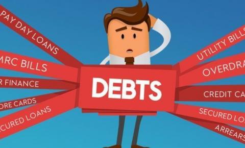 Como a passagem do tempo afeta uma conta não paga?