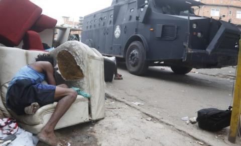 Operação policial no Rio de Janeiro deixa pelo menos 25 mortos