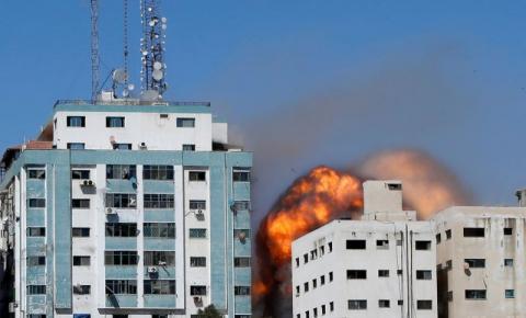 Israel destrói prédio de Gaza que era usado pela