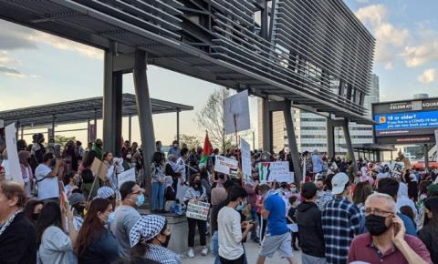Mississauga tem manifestação em apoio a Palestina com milhares de pessoas