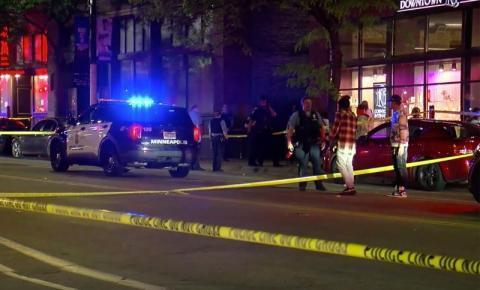 2 mortos e 8 feridos em tiroteio no centro de Minneapolis