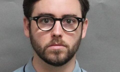 Professor de Toronto é detido após compartilhar conteúdo sexual infantil na internet