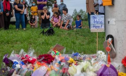 Mãe do suspeito de ataque em London ora pelas vítimas e seus familiares