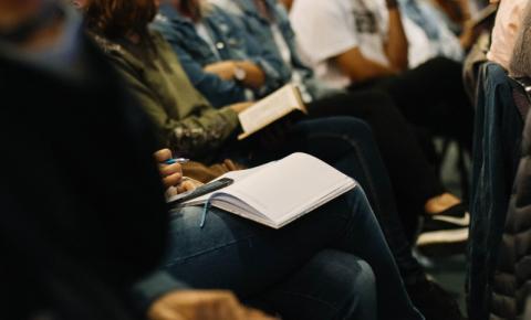 Programa de Nomeação Provincial de Ontário convida 940 estudantes internacionais e trabalhadores temporários