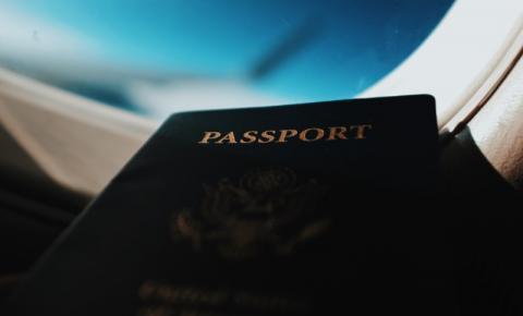Como viajar para o Canadá com uma Confirmação de Residência Permanente (COPR) durante o COVID