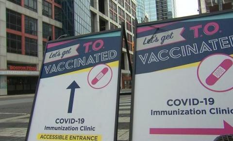 Onde encontrar uma clínica pop-up de vacinas contra COVID-19 em Toronto hoje