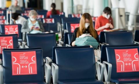 Aeroporto Pearson de Toronto começa a separar chegadas com base no status de vacinação