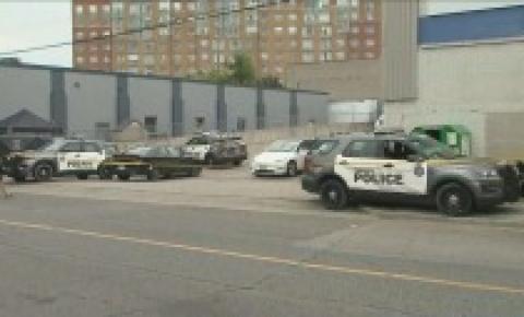 Unidade de homicídios chamada após corpo supostamente encontrado no bairro de Silverthorne na cidade