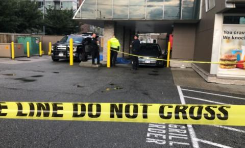 Motorista fatalmente atropelado após deixar o cartão cair no drive-thru do McDonald's de Vancouver