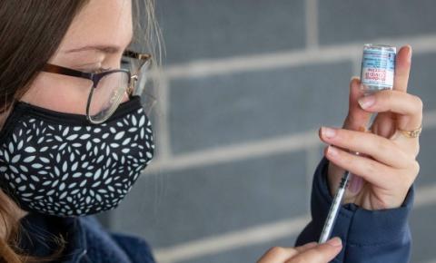 Toronto administrou cerca de 5.000 primeiras doses a mais nesta semana do que na última após a notícia do certificado de vacina