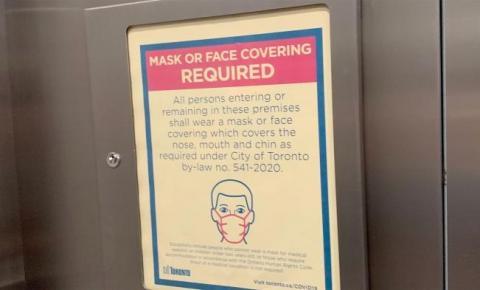 Toronto recebe mais de 1.900 reclamações sobre pessoas que não usam máscara em condomínios
