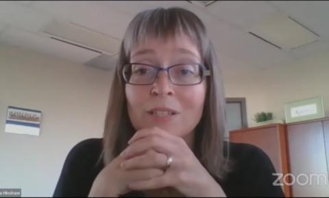 Oficial médica-chefe de saúde de Alberta culpa abertura de verão por quarta onda na província