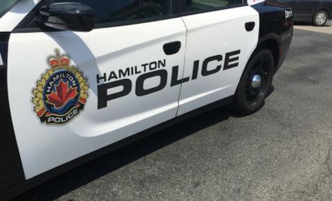 Homem morto e outro sequestrado em invasão de casa em Hamilton