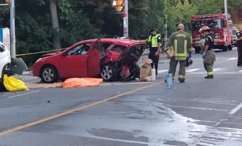 2 mortos e 3 feridos em acidente com vários veículos na extremidade oeste de Toronto