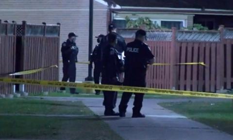 Suspeito de esfaqueamento mortal de Etobicoke acusado de assassinato em primeiro grau