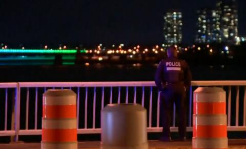 Busca em andamento por bombeiro desaparecido no Rio St. Lawrence