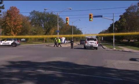 Acidente fatal em Toronto pode ter sido causado por excesso de velocidade dos motoristas, autoridades apuram o caso