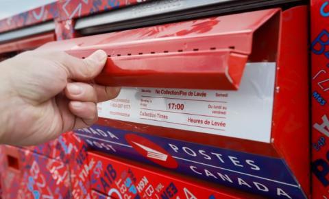 Funcionário do Canada Post morre após surto de covid-19 que infectou 224 pessoas