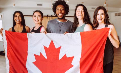 Estudante com PGWP vencido no Canadá? Saiba como solicitar uma autorização de trabalho permanente de até 18 meses