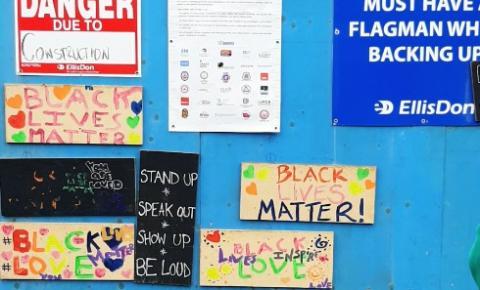 Trabalhadores da construção estão unidos contra discriminação em Toronto