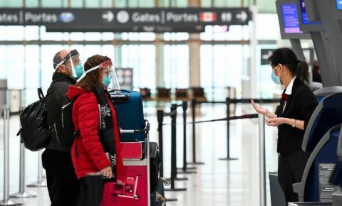 Viagens aéreas internacionais para o Canadá com queda de 90%