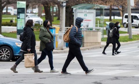 Toronto, Peel e North Bay saem da 'emergência de permanência em casa' nesta segunda-feira