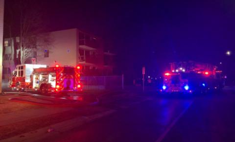 Incêndio de grandes proporções em apartamento de Oshawa deixa desabrigados