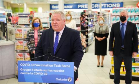Idosos com 75 anos ou mais poderão agendar vacinação contra a Covid-19 em Ontário