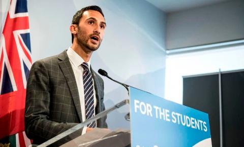 Escolas de Ontário vão retomar aprendizado em sala de aula após as férias de abril