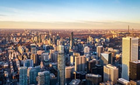 Canadá adiciona mais de 300 mil empregos em março e registra queda na taxa de desemprego
