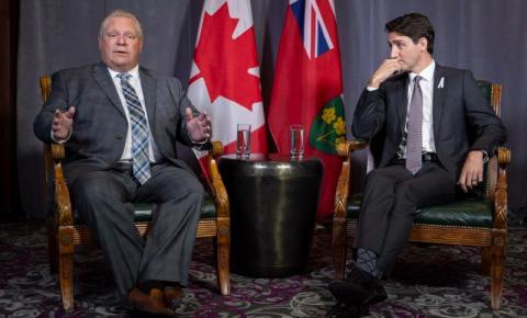 Ford recusa ajuda federal e não quer que Ontário receba Cruz Vermelha enviada por Justin Trudeau