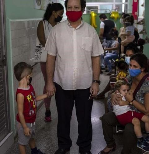Cuba dará vacina contra o COVID-19 a crianças a partir de 2 anos de idade